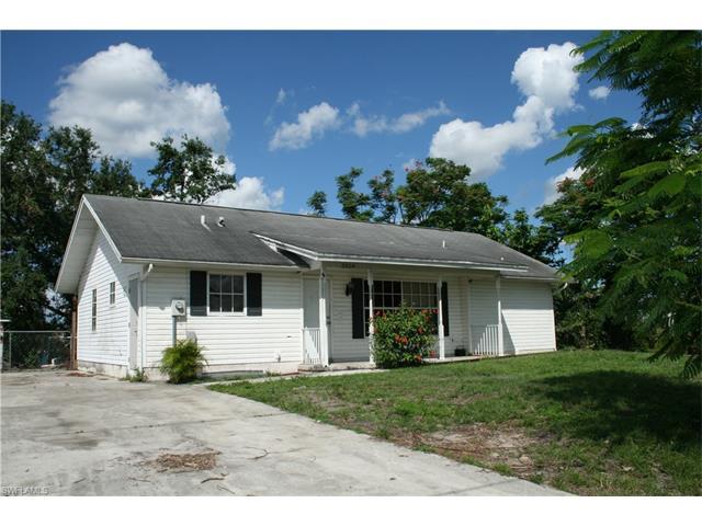 2604 46th St Sw, Lehigh Acres, FL 33976