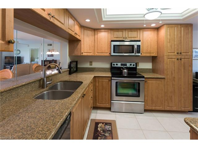 12170 Kelly Sands Way 701, Fort Myers, FL 33908