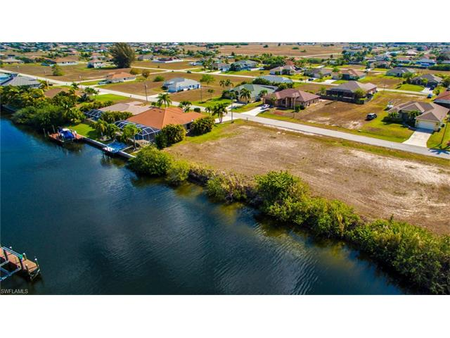 432 Nw 37th Pl, Cape Coral, FL 33993