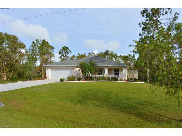 537 Allison St E, Lehigh Acres, FL 33974