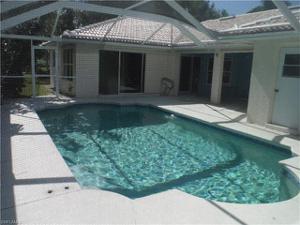 621 Se 4th Pl, Cape Coral, FL 33990