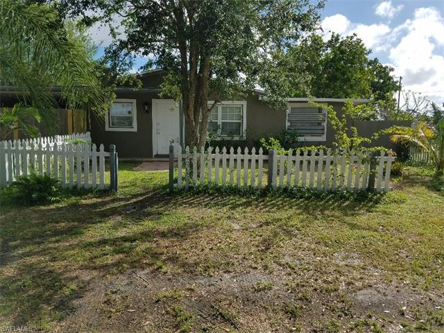 1123 Navajo Ave, Lehigh Acres, FL 33936