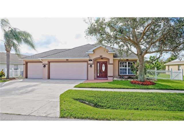 4457 Varsity Lakes Dr, Lehigh Acres, FL 33971