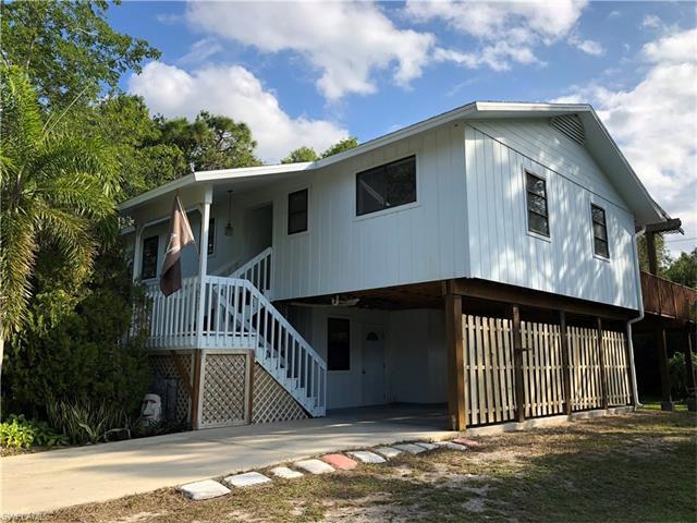5571 Henley St, Bokeelia, FL 33922
