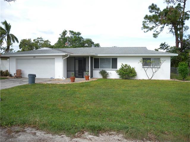 2131 Ephraim Ave, Fort Myers, FL 33907