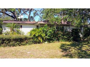 1112 Shady Ln, Moore Haven, FL 33471