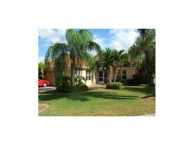 15151 Cloverdale Dr, Fort Myers, FL 33919