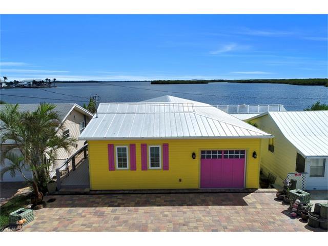 4819 Pine Island Rd Nw, Matlacha, FL 33993