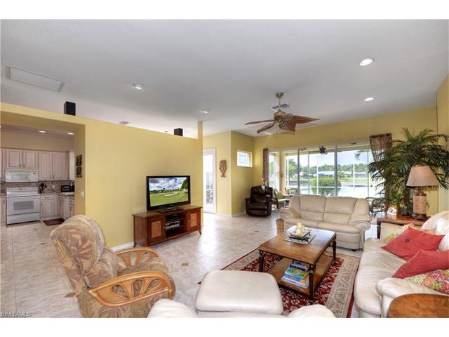 1860 Corona Del Sire Dr, North Fort Myers, FL 33917