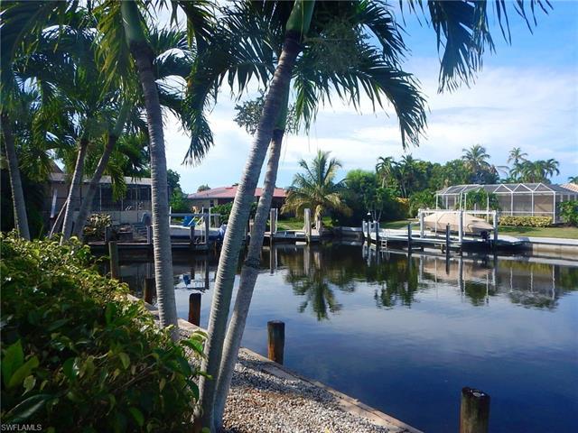 806 Fairlawn Ct, Marco Island, FL 34145