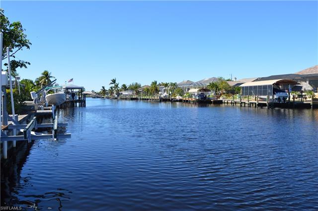 17554 Corallina Dr, Matlacha Isles, FL 33991