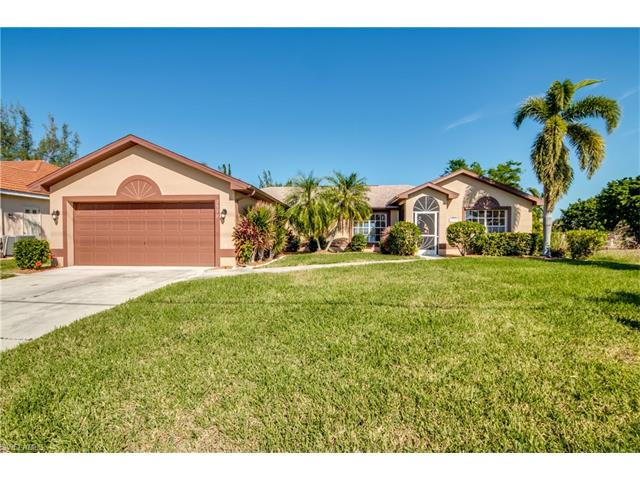 2529 Beach Pky W, Cape Coral, FL 33914