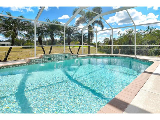 233 Sw 25th Ave, Cape Coral, FL 33991