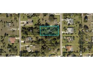 409 Roosevelt Ave, Lehigh Acres, FL 33936