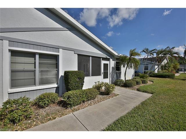 6877 Sandtrap Dr, Fort Myers, FL 33919