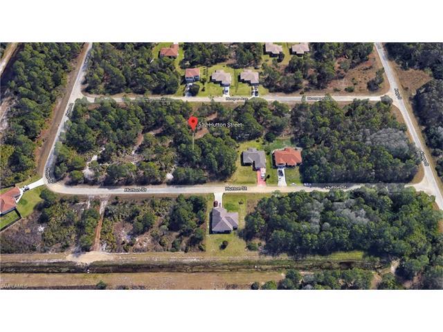 512 Hutton St E, Lehigh Acres, FL 33974