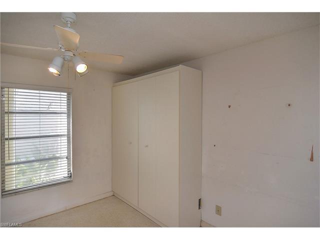 2591 Bridgeview St, Matlacha, FL 33993
