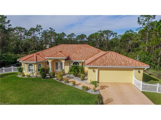 909 Magnolia Ave, Lehigh Acres, FL 33972