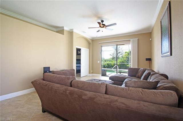 2529 Deerfield Lake Ct, Cape Coral, FL 33909