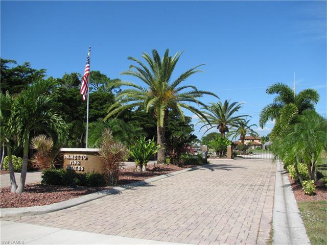 884 Palmetto Pointe Cir, Cape Coral, FL 33991