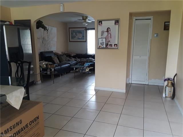 1787 Settler Dr, Fort Myers, FL 33905