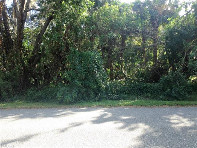 18449 Holly Ave, Port Charlotte, FL 33948