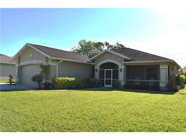 18238 Sandy Pines Cir, North Fort Myers, FL 33917