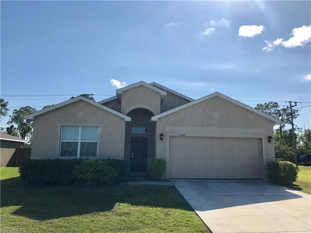 1904 Sw 32nd St, Cape Coral, FL 33914