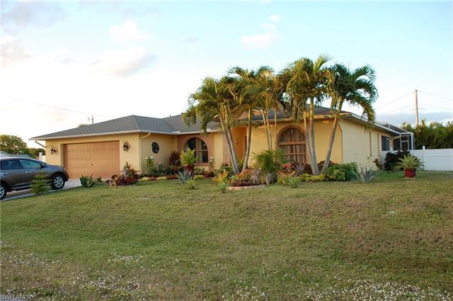 211 Se 12th St, Cape Coral, FL 33990