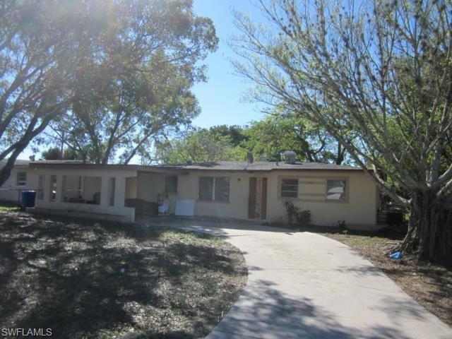 2550 Parkway St, Fort Myers, FL 33901