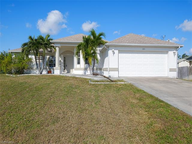 1321 Sw 25th St, Cape Coral, FL 33914