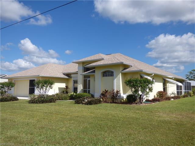 213 Lanyard Pl, Lehigh Acres, FL 33936