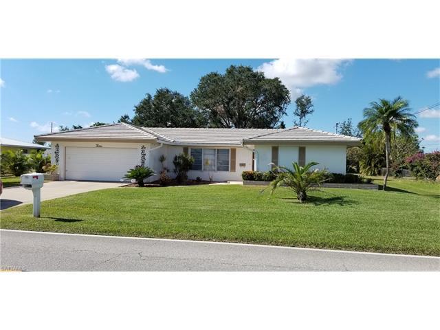 13 Richmond Ave N, Lehigh Acres, FL 33936