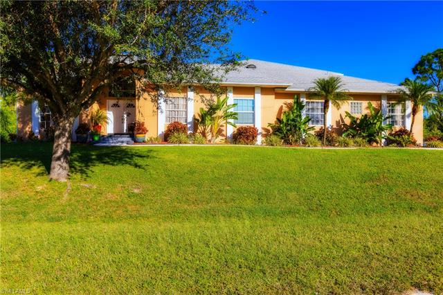 7 Wilmington Pky, Cape Coral, FL 33993