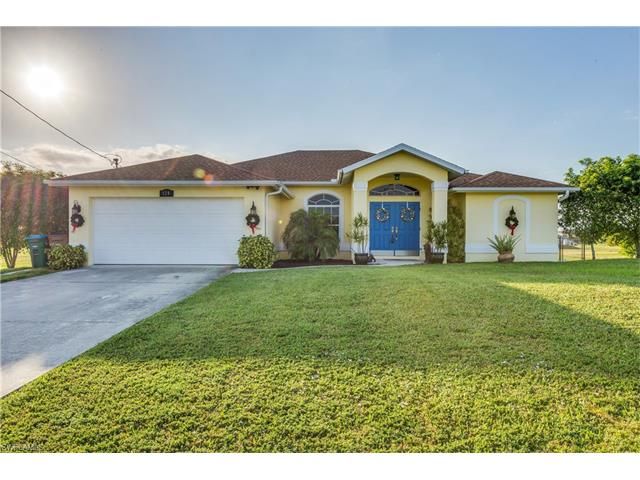 124 Nw 26th Pl, Cape Coral, FL 33993