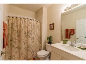 13901 Avon Park Cir 103, Fort Myers, FL 33912