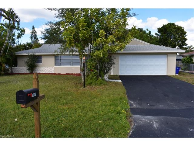 1641 N Fountainhead Rd, Fort Myers, FL 33919