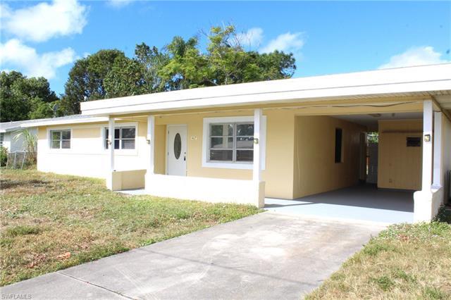 1427 Ne 5th Ln, Cape Coral, FL 33909
