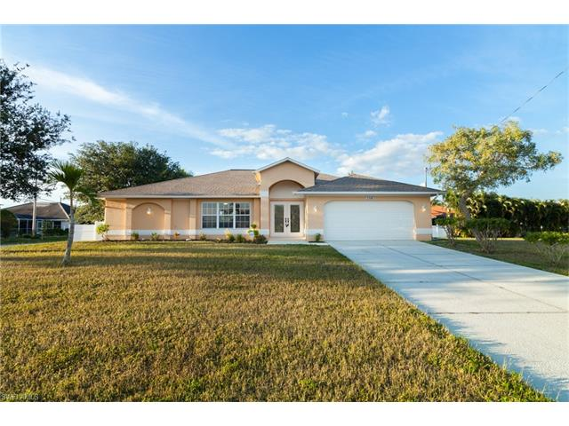 2588 Surfside Blvd, Cape Coral, FL 33914