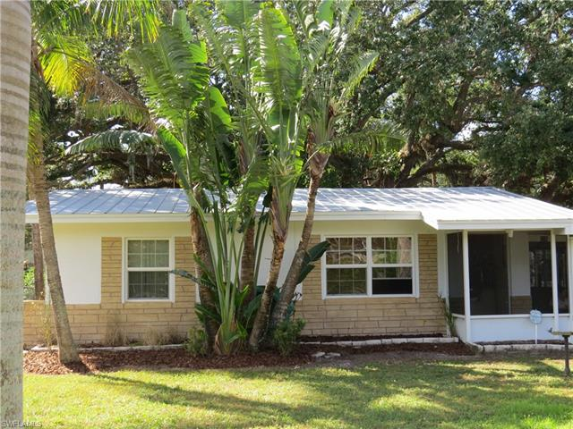 236 Delray Ave, Fort Myers, FL 33905