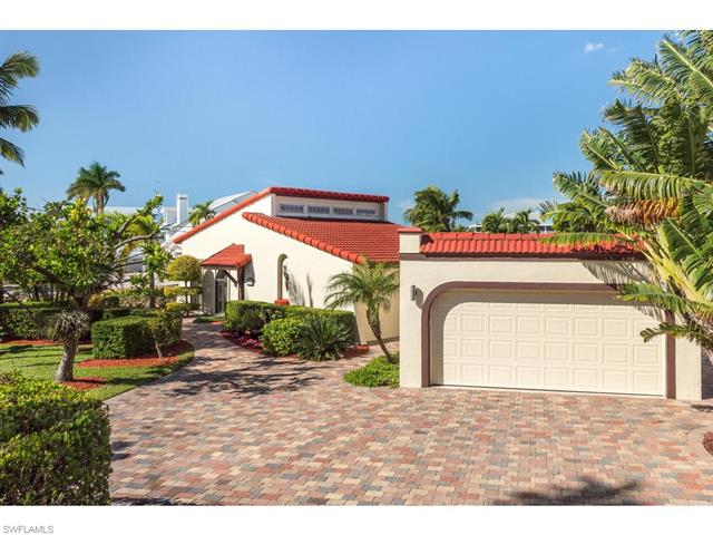 8387 Estero Blvd, Fort Myers Beach, FL 33931