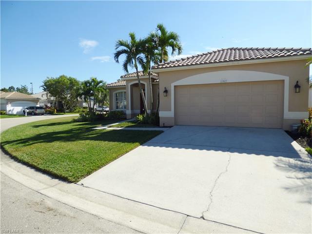 11069 Lakeland Cir, Fort Myers, FL 33913