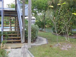 1438 Sandpiper Cir, Sanibel, FL 33957