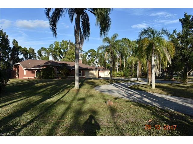 15216 Briar Ridge Cir, Fort Myers, FL 33912