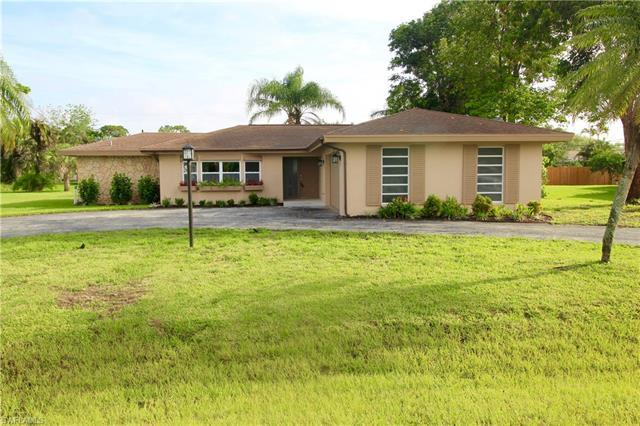1531 Pinecrest Rd, Fort Myers, FL 33919