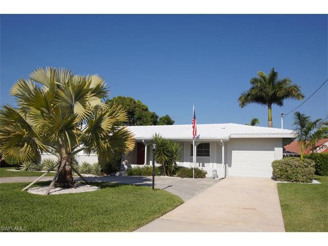 5110 Santa Rosa Ct, Cape Coral, FL 33904