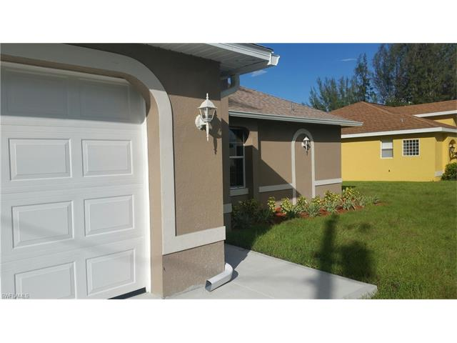 133 Se 16th St, Cape Coral, FL 33990