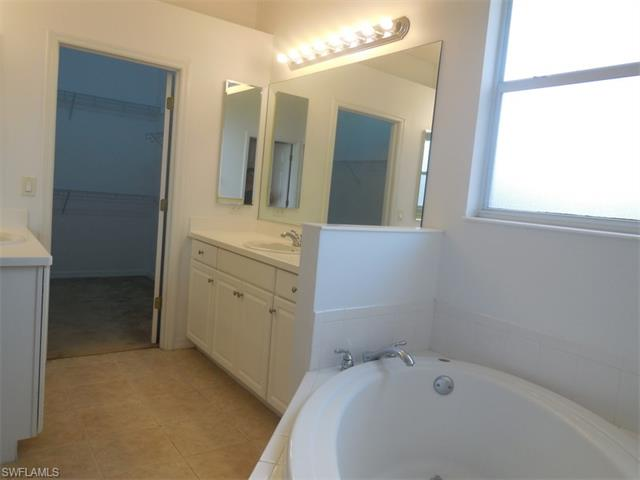12641 Stone Tower Loop, Fort Myers, FL 33913