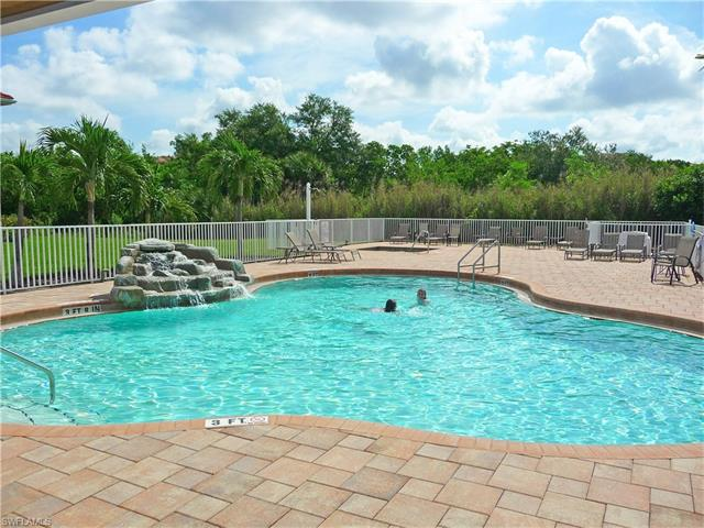 8540 Oakshade Cir 202, Fort Myers, FL 33919