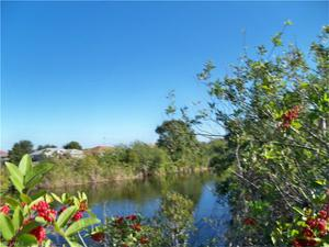 1101 Nw 8th Ter, Cape Coral, FL 33993